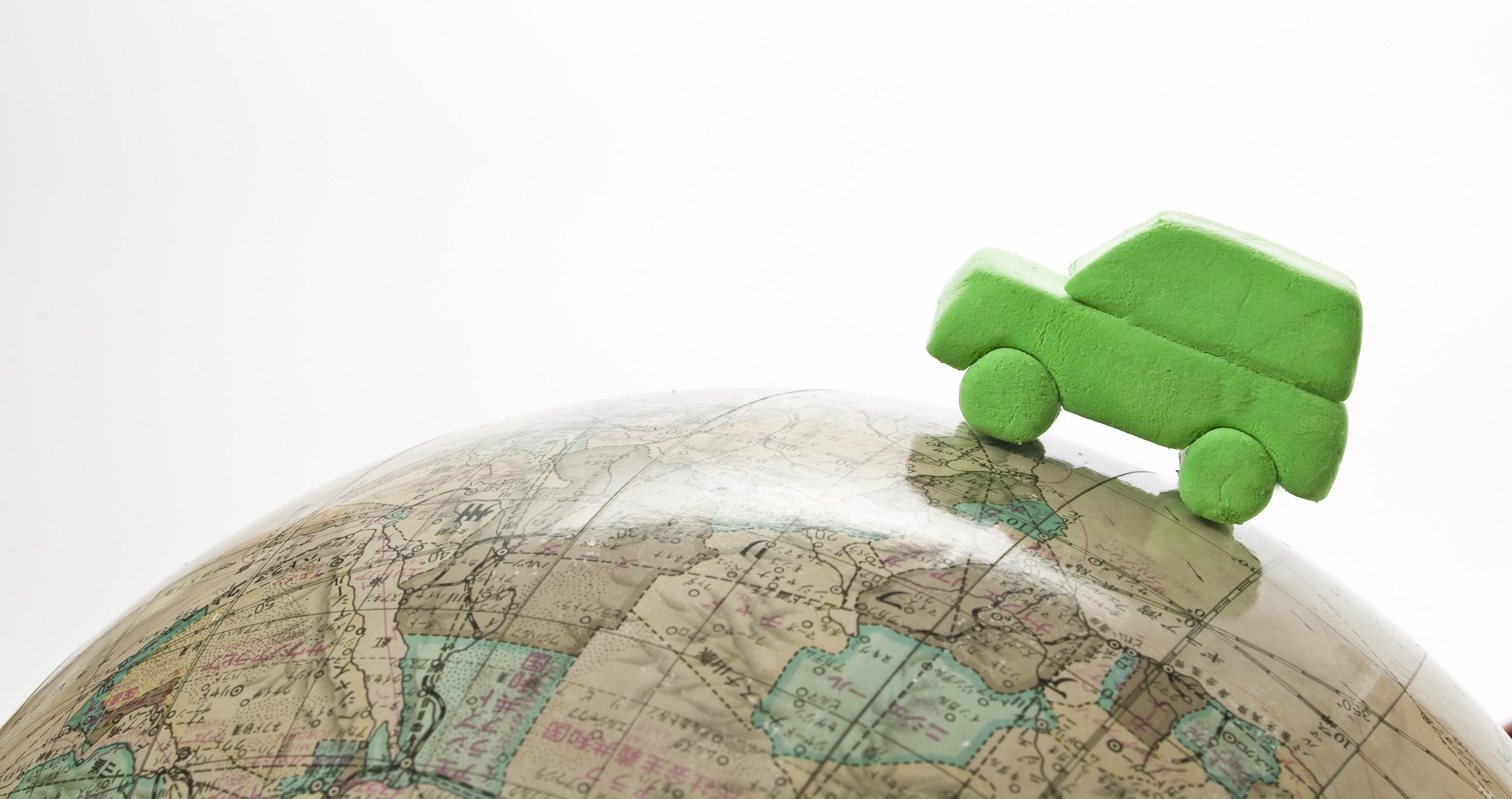 15 自動車分野における将来技術の探索および外部連携の推進